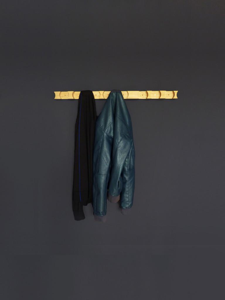 cloak-coathanger-jelmer-wind6